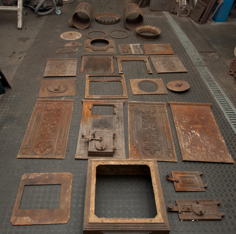 arbeitsschritte bei der restaurierung antiker. Black Bedroom Furniture Sets. Home Design Ideas